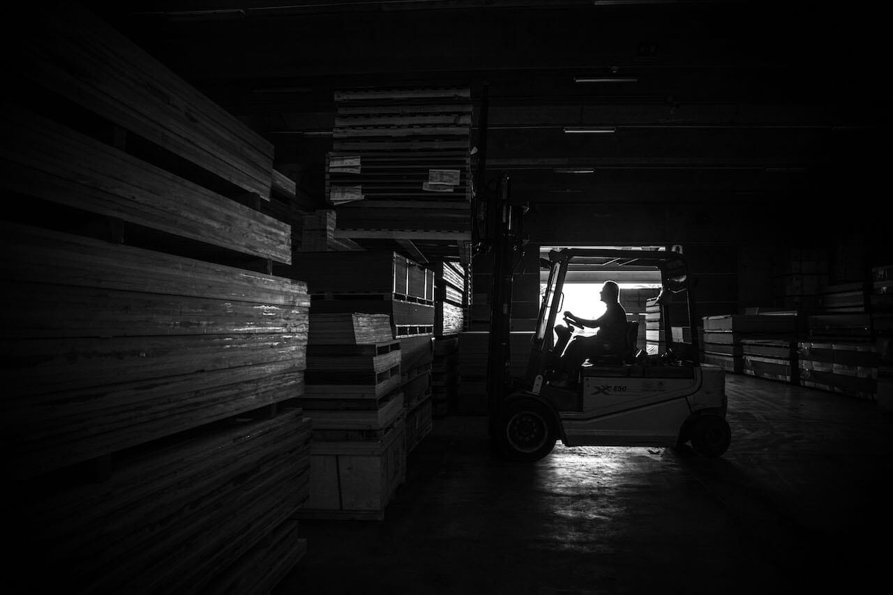 foto design magazzino legname in sicilia