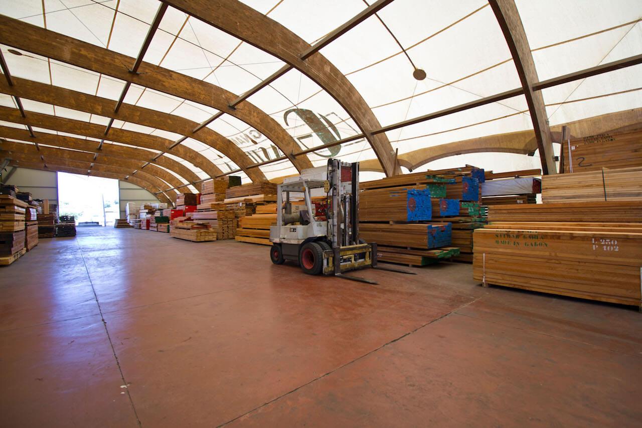 interno azienda legnami guastella in sicilia